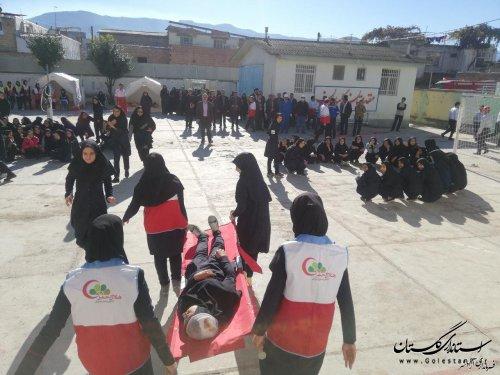 مانور سراسری زلزله در شهرستان آزادشهر برگزار شد